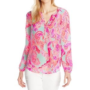 """✨EUC Lilly Pulitzer Stacey Top in """"Love Birds"""""""
